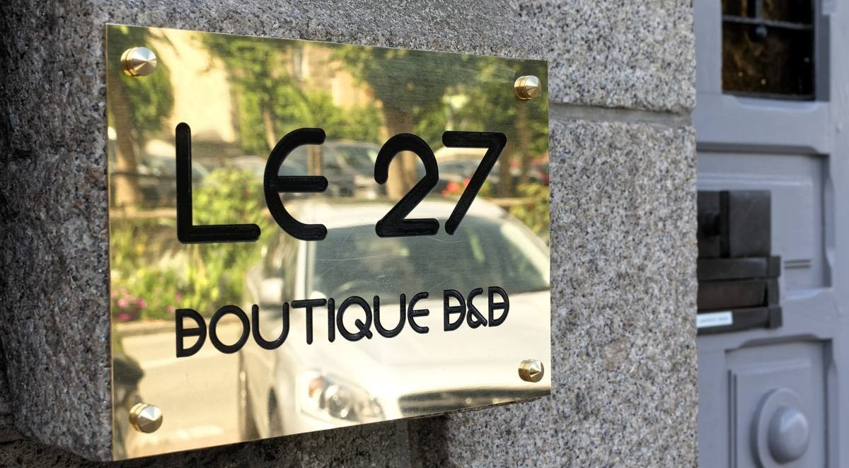 Le 27 Boutique B&B à Dinan